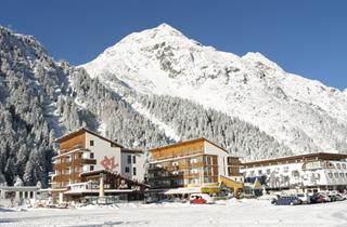 Austria, Pitztal, St. Leonhard im Pitztal, Hotel Piz