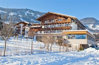 Austria, Zillertal, Fügen im Zillertal, Gartenhotel Crystal