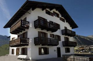 Italy, Livigno, Apartments Casa Rosa