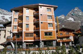 Italy, Breuil-Cervinia - Valtournenche, Cervinia, Hotel Sporting
