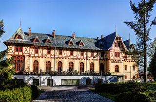 Slovakia, Tatranska Lomnica, Tatranská Lomnica, Hotel Lomnica