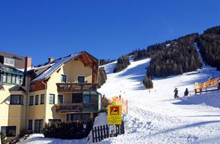 Austria, Hohentauern, Hotel Moscher Free Ski