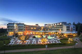 Croatia, Istria, Novigrad Istria, Hotel AMINESS Maestral