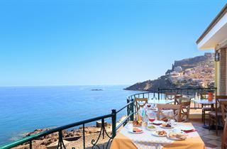 Italy, Sardinia, Castelsardo, Hotel Nantis