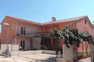 Croatia, Istria, Medulin, Appartments CRNOJA