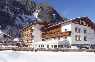 Austria, Pitztal, St. Leonhard im Pitztal, Hotel Wiese