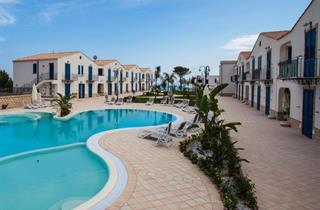 Italy, Sicily, Realmonte, Scala dei Turchi Resort