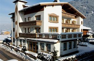 Austria, Zillertal, Ried im Zillertal, Hotel Jäger