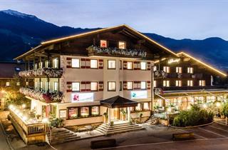 Austria, Zillertal, Uderns, Hotel Standlhof
