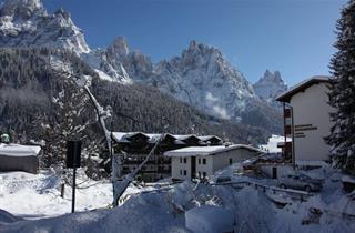 Italy, San Martino di Castrozza (Passo Rolle), San Martino di Castrozza, Apartments Edelweiss