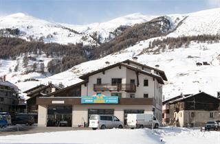 Italy, Livigno, Apartments Bait Bepin