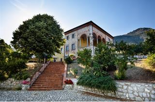 Italy, Tuscany, Santa Maria del Giudice, Villa Rinascimento