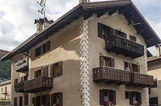 Italy, Livigno, Apartments Debora