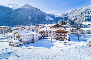 Austria, Zillertal, Unterkrimml, Hotel Krimmlerfälle