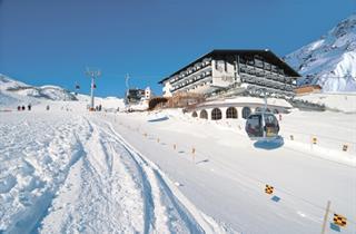 Austria, Ischgl, Galtür, Hotel Almhof