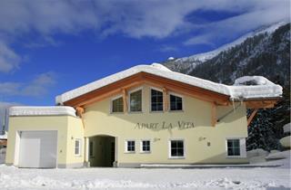 Austria, Arlberg, St. Anton am Arlberg, Apartments La Vita