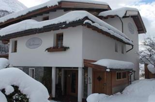 Austria, Arlberg, St. Anton am Arlberg, Apartments Buchhammer