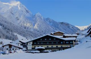 Austria, Zillertal, Finkenberg, Hotel Panorama