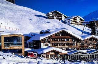 Austria, Zillertal, Königsleiten, Das Alpenwelt Resort
