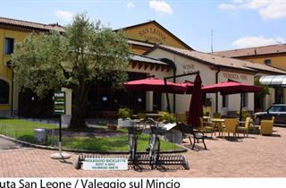 Italy, Lake Garda, Valeggio sul Mincio, Apartments Tenuta San Leone
