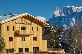 Italy, Alpe di Siusi, Ritten, Hotel Schartner Alm-Camp