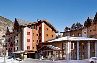 Italy, Adamello Ski, Ponte di Legno, Blu Hotels Acquaseria