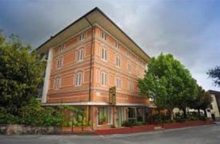 Italy, Tuscany, Montecatini Terme, Casa Rossa Resort