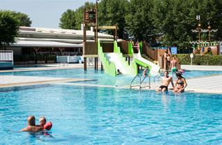 Italy, Northern Adriatic Riviera, Cavallino, Happy Camp Camping Ca' Savio