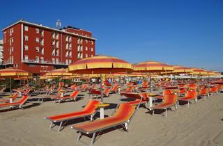 Italy, Central Adriatic Riviera, Rimini, Hotel Blumen