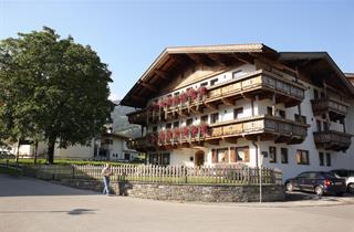 Austria, Zillertal, Ried im Zillertal, Apartments Ferienhof Lackner