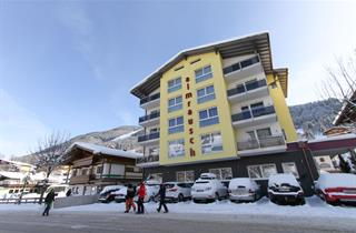Austria, Saalbach Hinterglemm Leogang Fieberbrunn, Saalbach, Hotel Almrausch