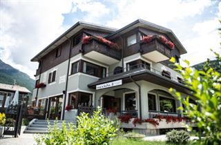 Italy, Bormio / Alta Valtellina, Bormio, Hotel Nevada